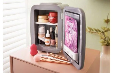 Blaupunkt Makeup Mini Fridge